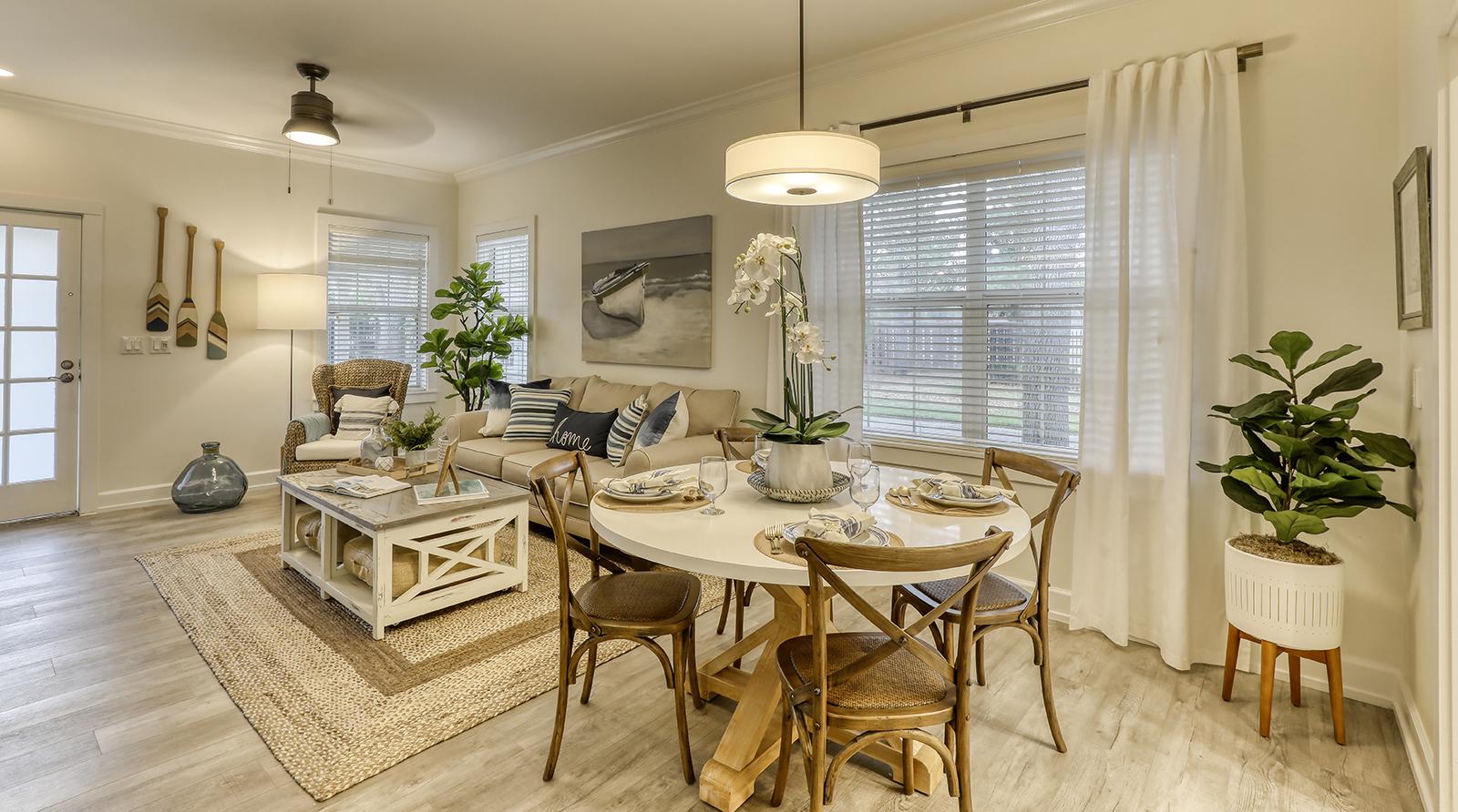 Unisen Villa - Dining Room